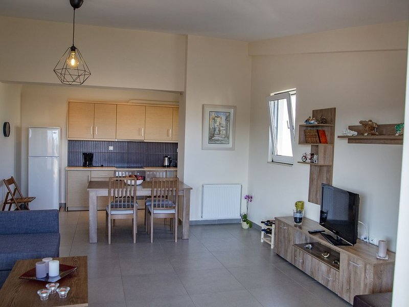 Catherine's Comfort Apartment, vacation rental in Lavrio