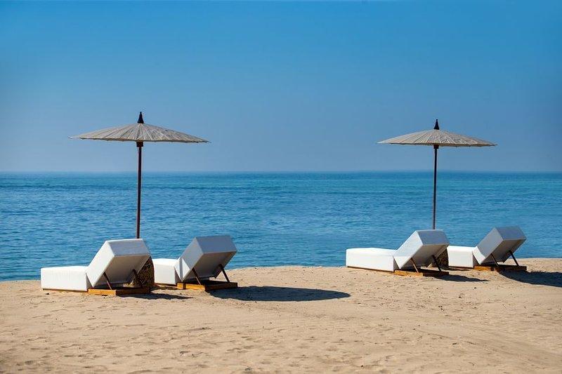 R197 Elegant Beach Resort Classic Room with Free WIFI Incl Breakfast, vacation rental in Tanjung Benoa