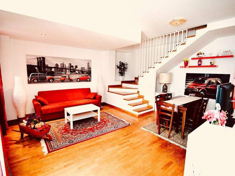 #CorsoRomaSuite, splendida casa indipendente nel pieno centro storico, holiday rental in Ippocampo