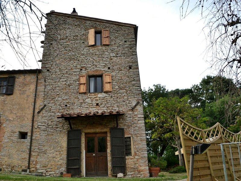 Piccozzo appartamento Torre, holiday rental in Casciana Alta