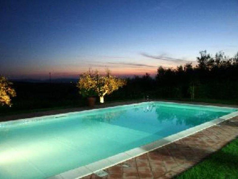 VILLA INDIPENDENTE CON PISCINA, vakantiewoning in Cura di Vetralla