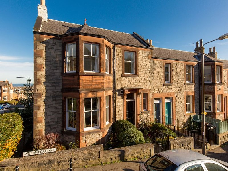 Old Manse on Arthur's Seat, near Royal Mile, holiday rental in Inveresk
