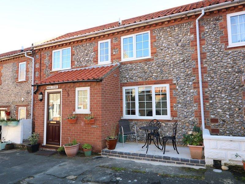 Bosun's Cottage, SHERINGHAM, holiday rental in Sheringham