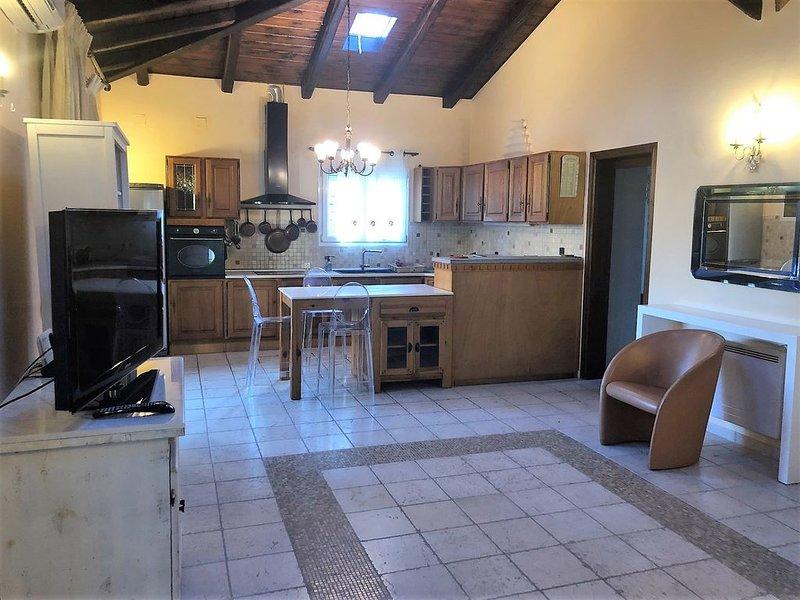 Prestige Cosy Summer Pavilon, holiday rental in Limni