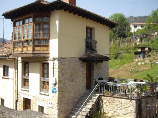 Casa Triana para 4-6 personas, vacation rental in Campiellos