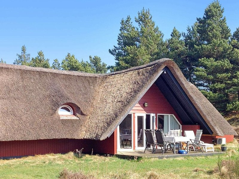 Pleasant Holiday Home in Rømø with Sauna, location de vacances à Toender