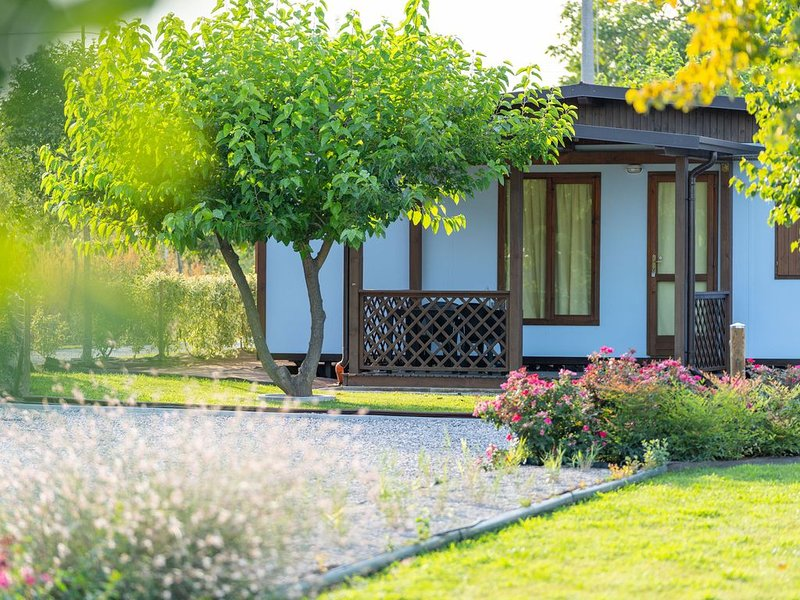 Casa Vacanze a due passi dal Lago di Garda, vacation rental in Valeggio Sul Mincio