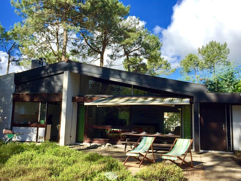 Maison au bord du lac, au calme, holiday rental in Le Temple