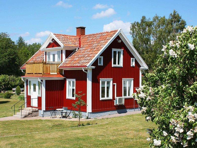 4 star holiday home in SÖDERÅKRA – semesterbostad i Kalmar