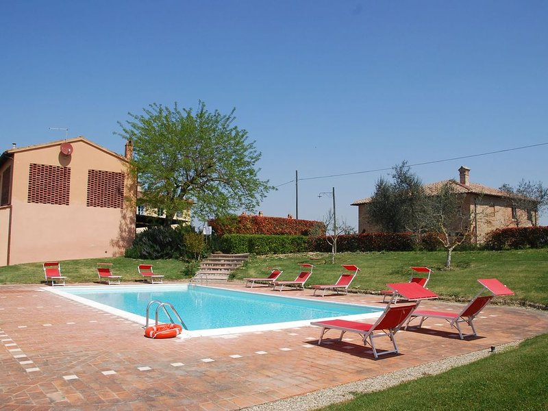 Country House / Farm House a Castelfiorentino con 3 camere da letto e 6 posti le, Ferienwohnung in Castelfiorentino