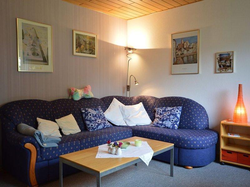 Cozy Holiday Home in Boverath with Private Garden, location de vacances à Berenbach