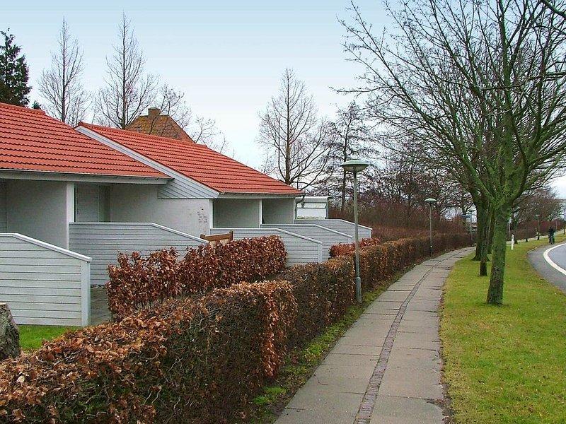Cozy Holiday Home in Ærøskøbing near Harbour, Ferienwohnung in Marstal