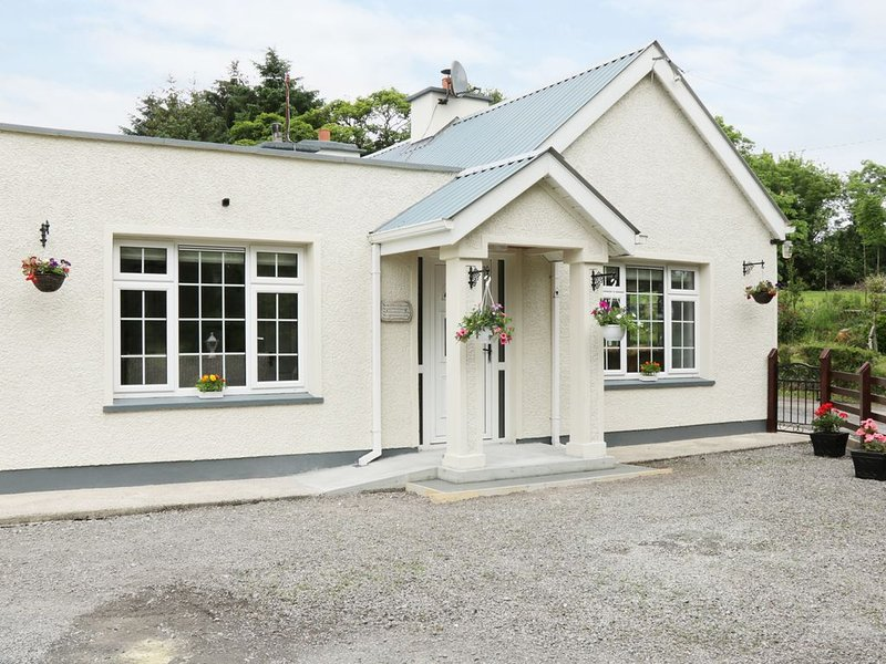Hawthorn Hideaway, MANORHAMILTON, COUNTY LEITRIM, holiday rental in Belcoo