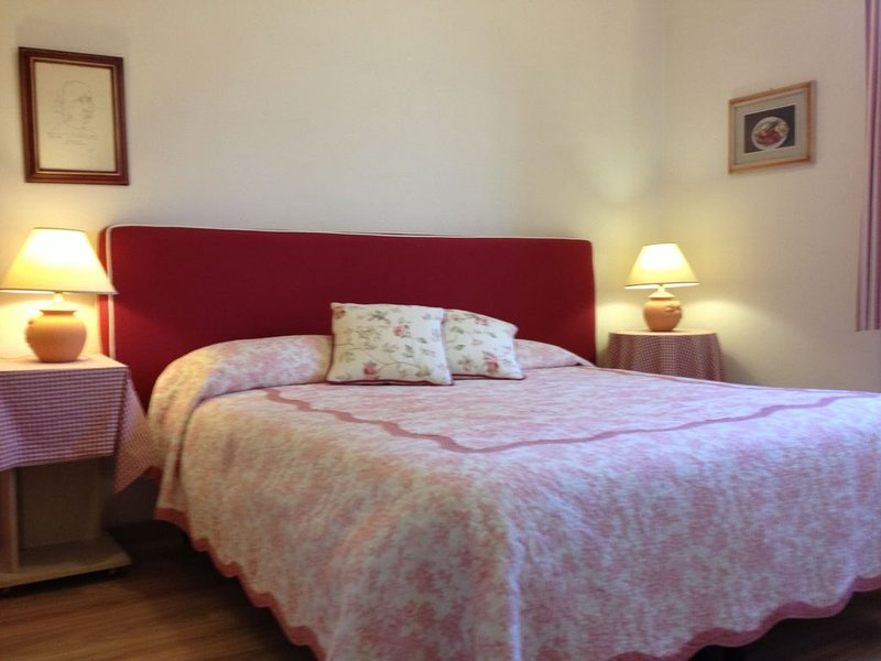 Borgo Apartment in one of the most charming and authentic part of Florence, holiday rental in San Martino alla Palma