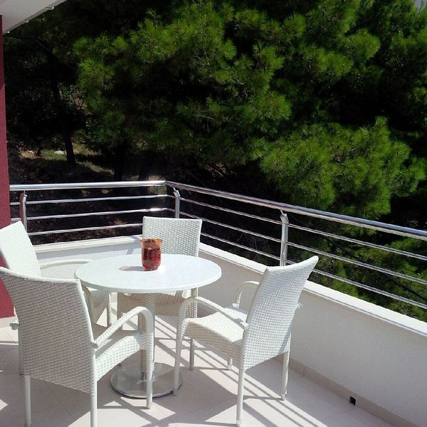Villa Divina With Outdoor Pool, Best View, Directly On The Sea, Private Beach, vacation rental in Marusici