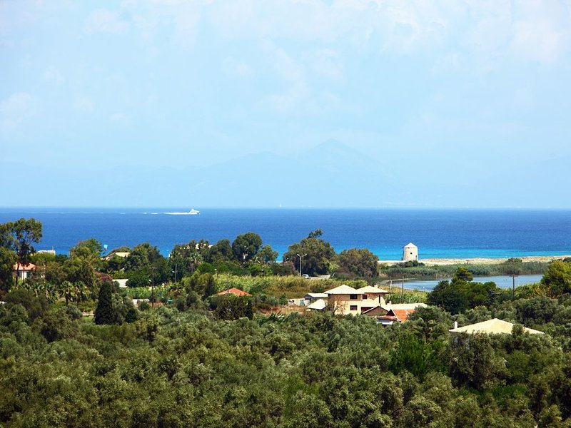 SEA VIEW APARTMENT  IN LEFKADA TOWN, holiday rental in Frini