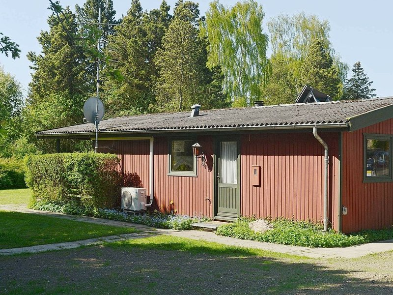 Beautiful Holiday Home in Praesto with Terrace, holiday rental in Rødvig
