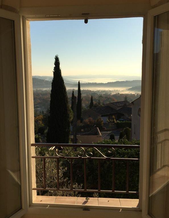 Vacker utsikt från vardagsrummet