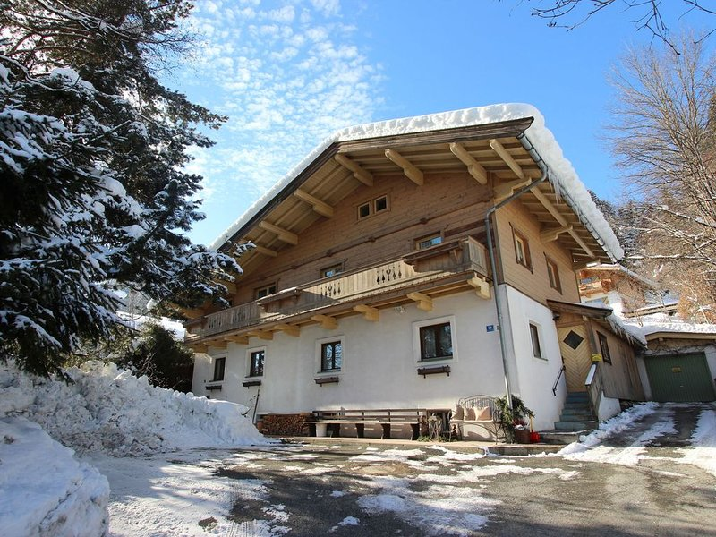 Modern Apartment in Kitzbuhel near Ski Area, vacation rental in Kitzbuhel