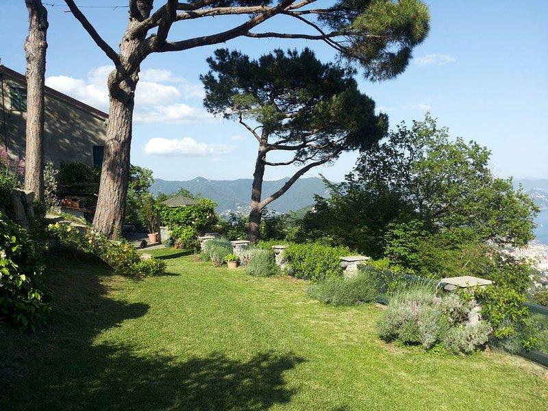 Villa Caterina, vista mozzafiato e tranquillità, holiday rental in San Lorenzo della Costa