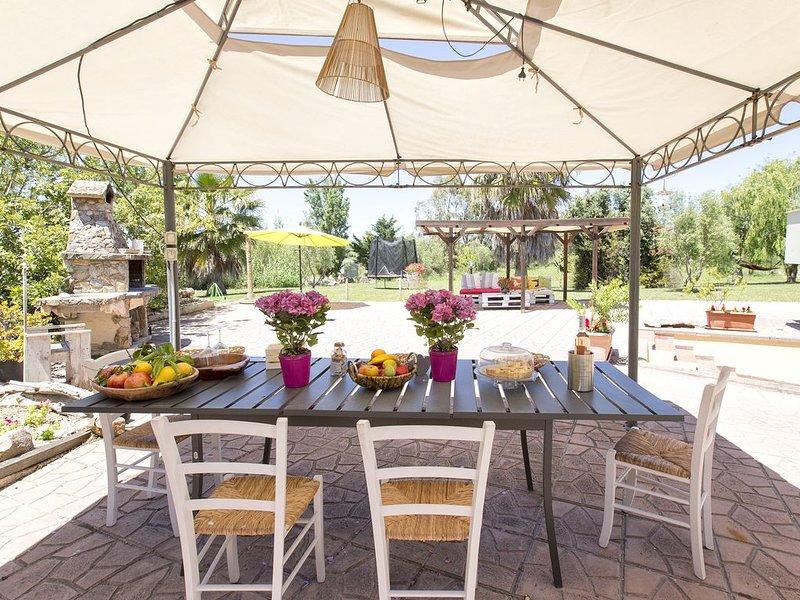 Alghero - Villa Roseta, splendida Villa indipendente con ampio giardino, location de vacances à Olmedo