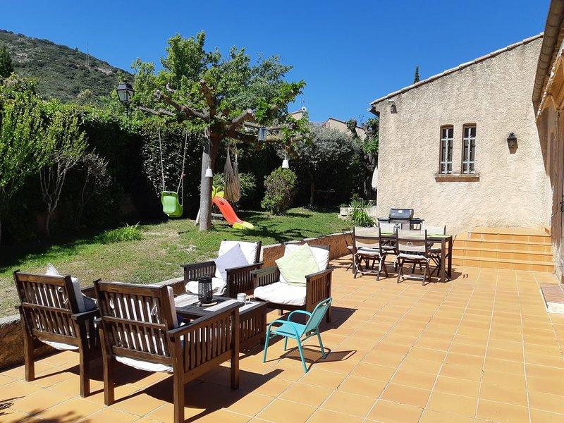 Belle maison dans un petit village provençale à 20' d'Aix., location de vacances à Villelaure
