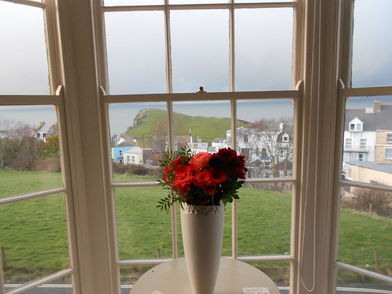 Beautifully Restored Georgian Period House With Stunning Sea Views, holiday rental in Ilfracombe