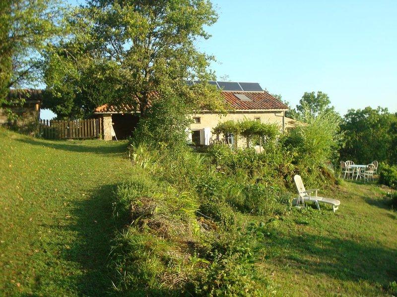 Maison isolée pour un retour aux sources, aluguéis de temporada em Salies-du-Salat