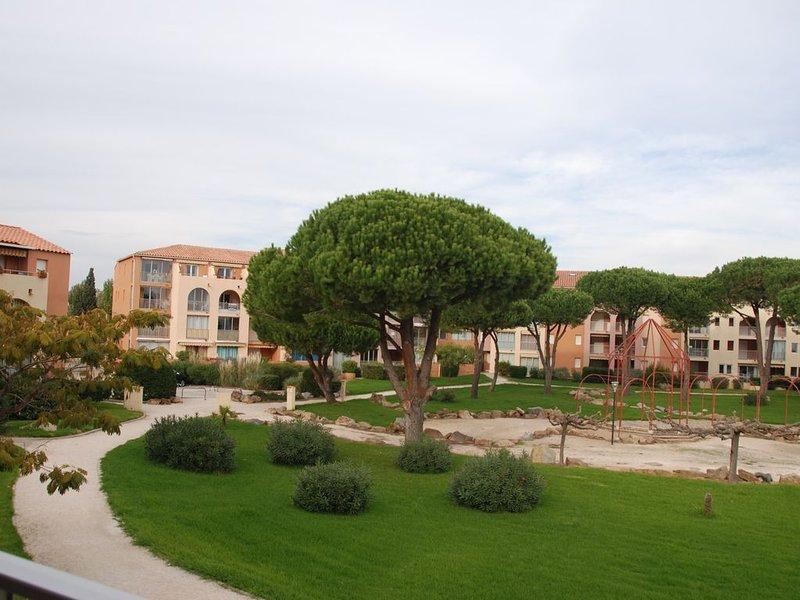 appartement dans résidence bord de mer, casa vacanza a La Londe Les Maures