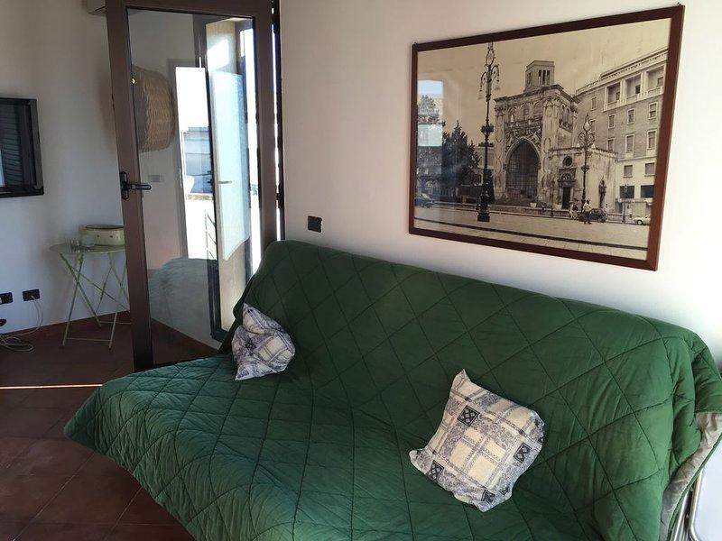 Celi Blu, attico posto al primo piano di una casa nel centro storico, casa vacanza a Vernole