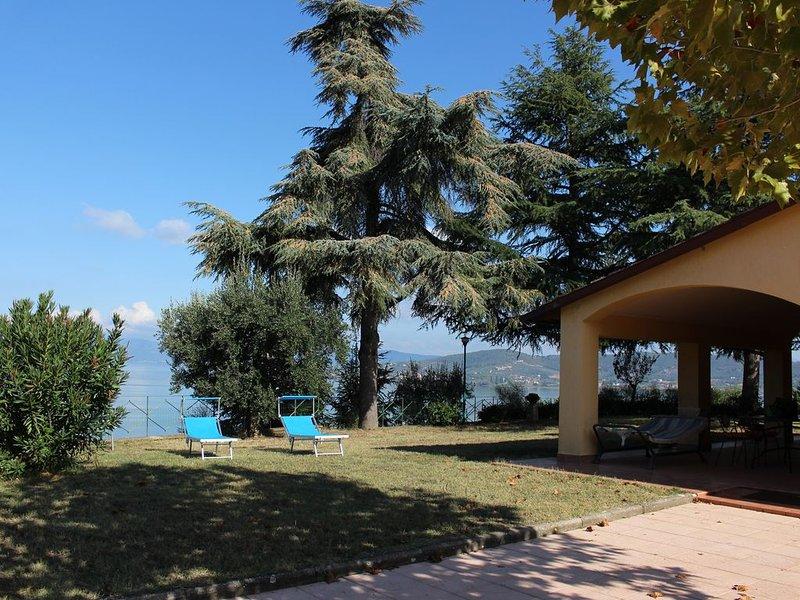VILLA MELISSA:  UN DIPINTO DEL LAGO TRASIMENO, holiday rental in Sant'Arcangelo