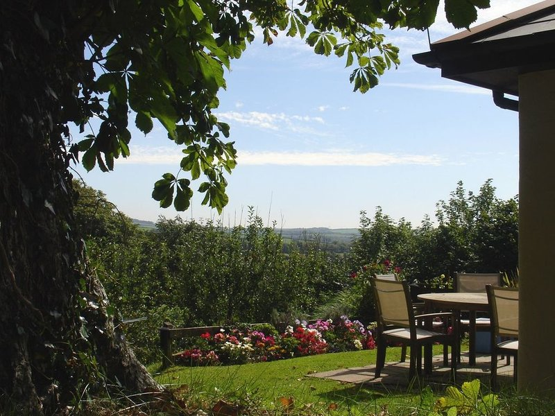 Columbine Cottage, BUDE, holiday rental in Poughill