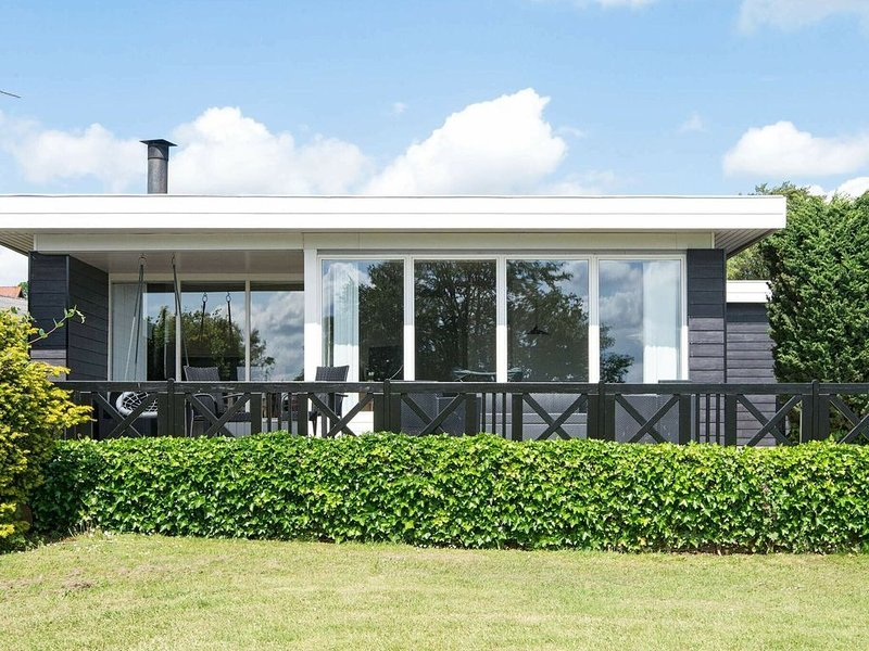 Comfortable Holiday Home in Børkop with Terrace, vacation rental in Skive