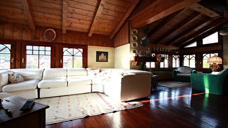 MOENA CENTRO - CASA 180 MT QUADRI, vacation rental in Moena