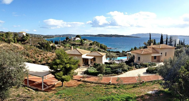 Stylish private villa with pool and extraordinary sea view, holiday rental in Kilada