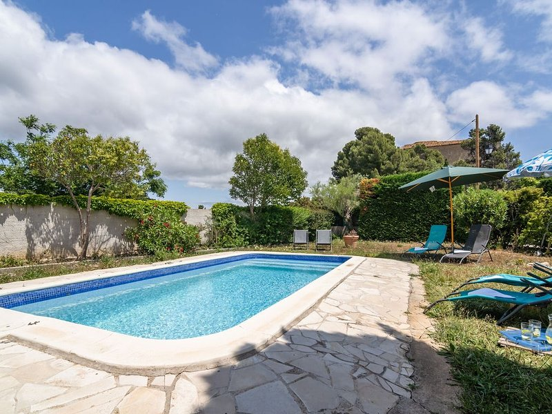 Villa near Chateau Beaufort with a beautiful view of the vineyards, alquiler vacacional en Beaufort