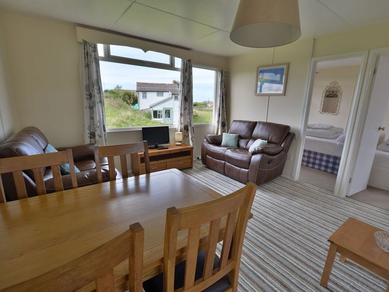 B49 Capri, Riviere Towans, holiday rental in Gwithian