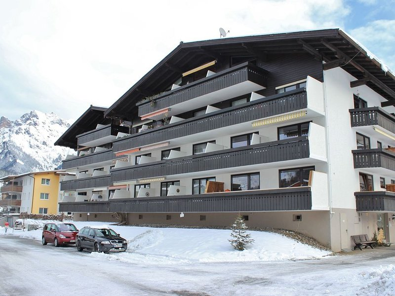 Cosy Apartment in Maria Alm near Ski Lift, location de vacances à Maria Alm