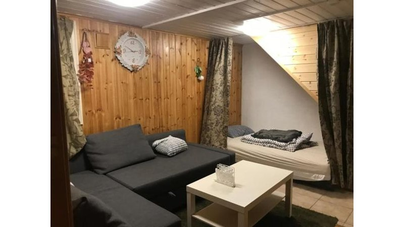 Nordhagen 17 Apartment with Bedroom, Living Room and Kitchen, vacation rental in Rogaland