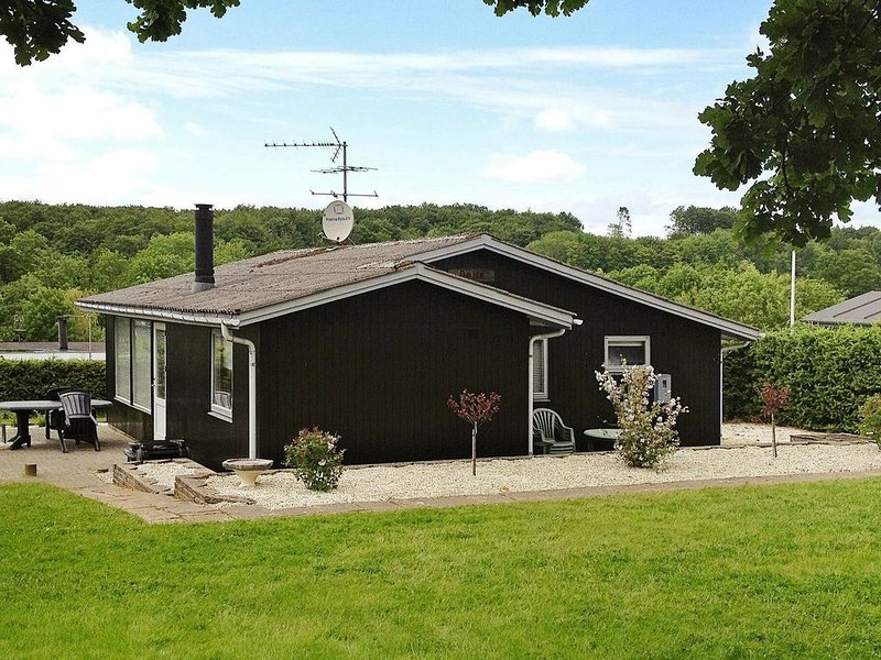 Tranquil Holiday Home in Haderslev With Terrace, location de vacances à Haderslev