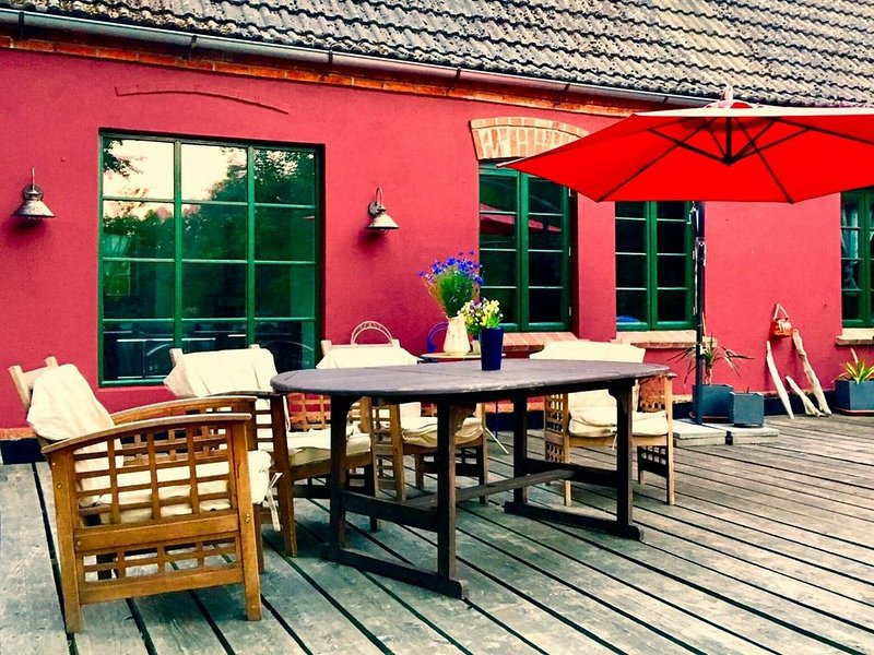 Apartment in Neuburg with Garden, Terrace, Bicycles, Heating, holiday rental in Nantrow