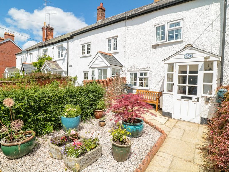 Meadow View Cottage, Lympstone, holiday rental in Farringdon
