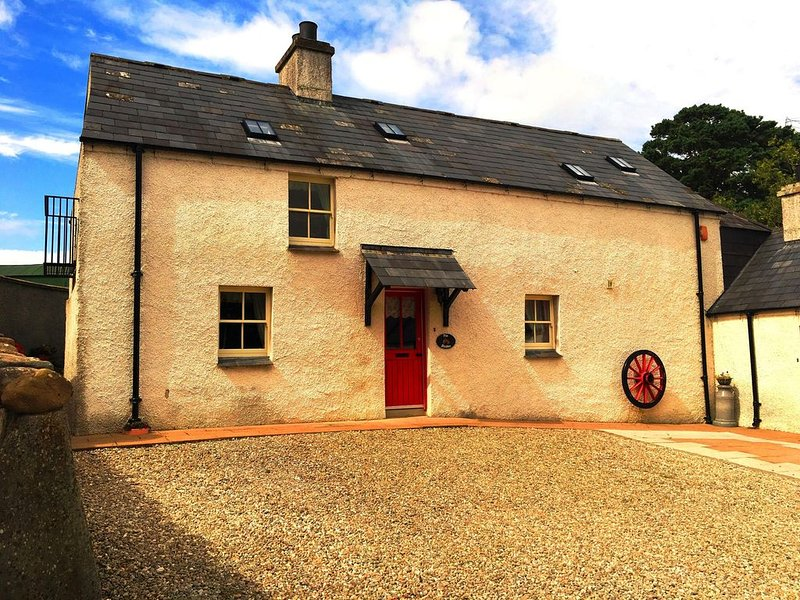 The Stable at Magheramore Courtyard in the scenic Roe Valley, holiday rental in Tobermore