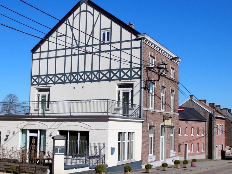 Delightful Holiday Home in Voeren near Forest, holiday rental in Thimister-Clermont