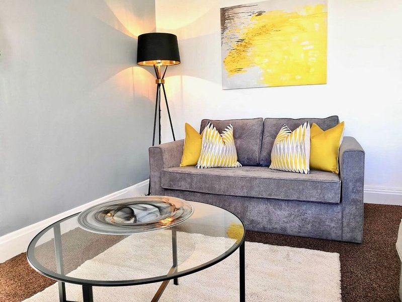Denby House (Near to Wakefield city centre), vacation rental in Barnsley