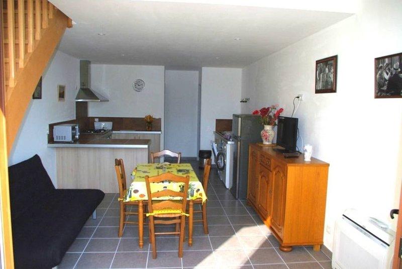 Gite 2/3 Personnes à 10 km d'Avignon, holiday rental in Morieres-les-Avignon