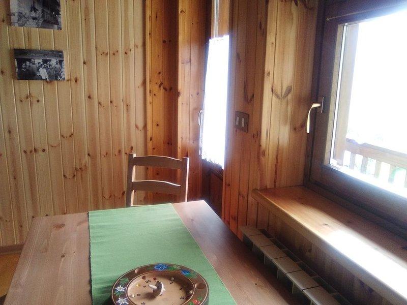 Appartamento 4 posti letto, vacation rental in Aosta