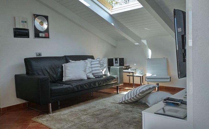 Casa Marcone appartamento di charme tra le Cinque Terre il Tigullio e Portofino, holiday rental in Tavarone