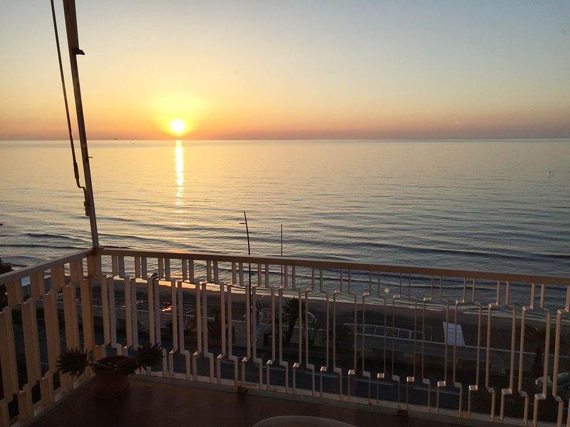 Relax fronte mare vacanza sicura, holiday rental in Laigueglia
