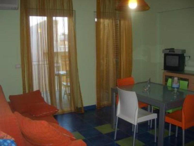 Nuovissimo appartamento fronte mare a S.Alessio, vicino Taormina., alquiler vacacional en Forza d'Agro
